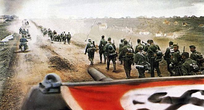 Punto Culminante de la Ofensiva. Caso Operación Barbarroja e Invasion al Cáucaso